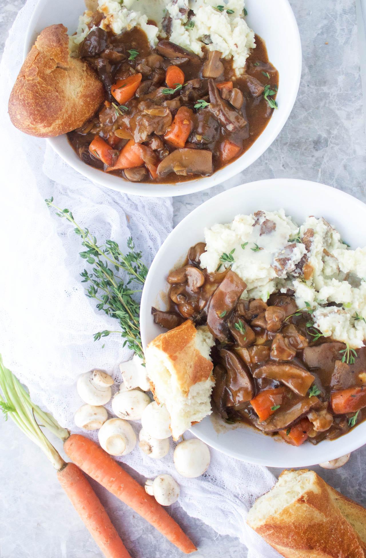 30 Minute {Vegan} Mushroom Bourguignon