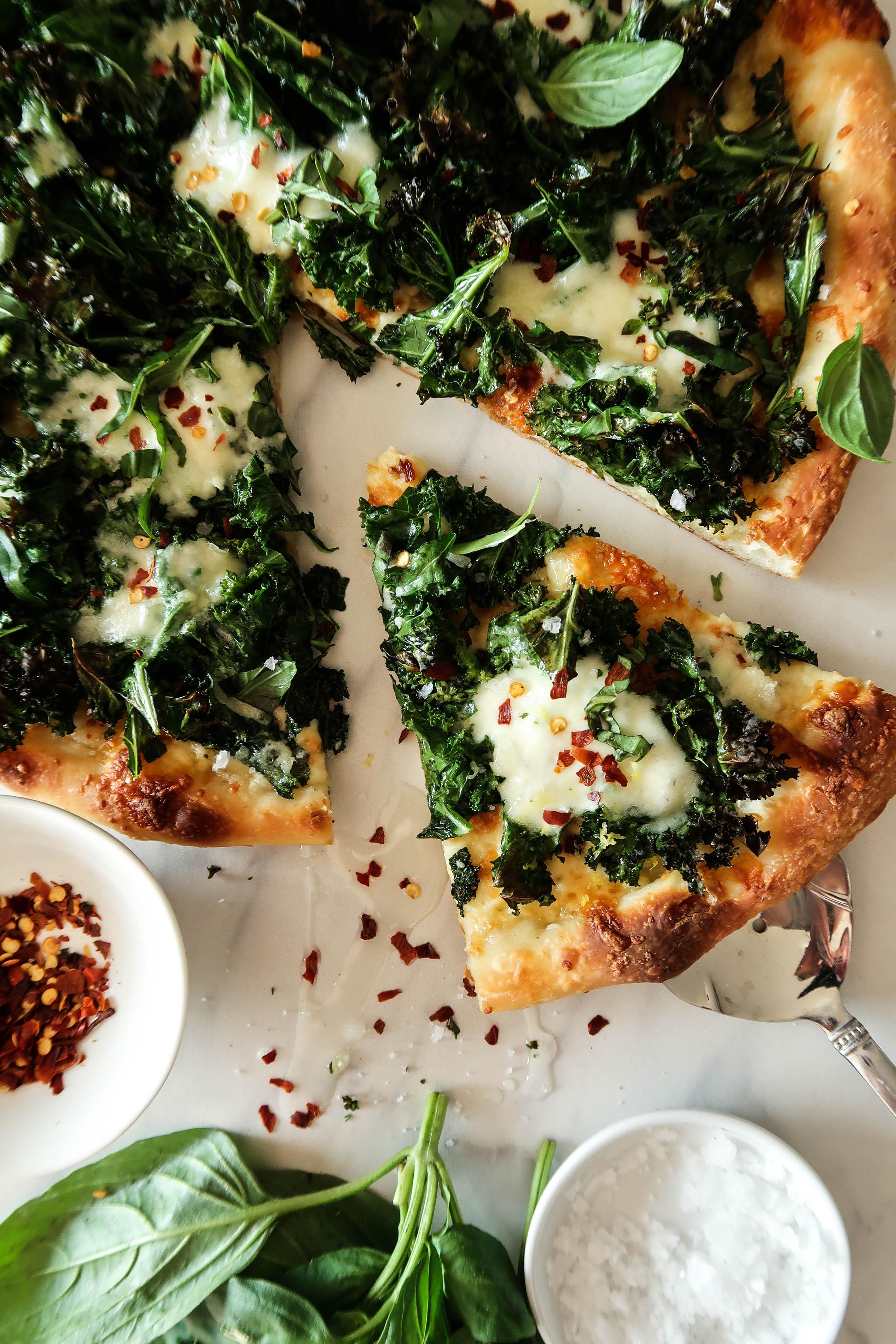 Crispy Kale and Burrata Pizza   Earth & Oven
