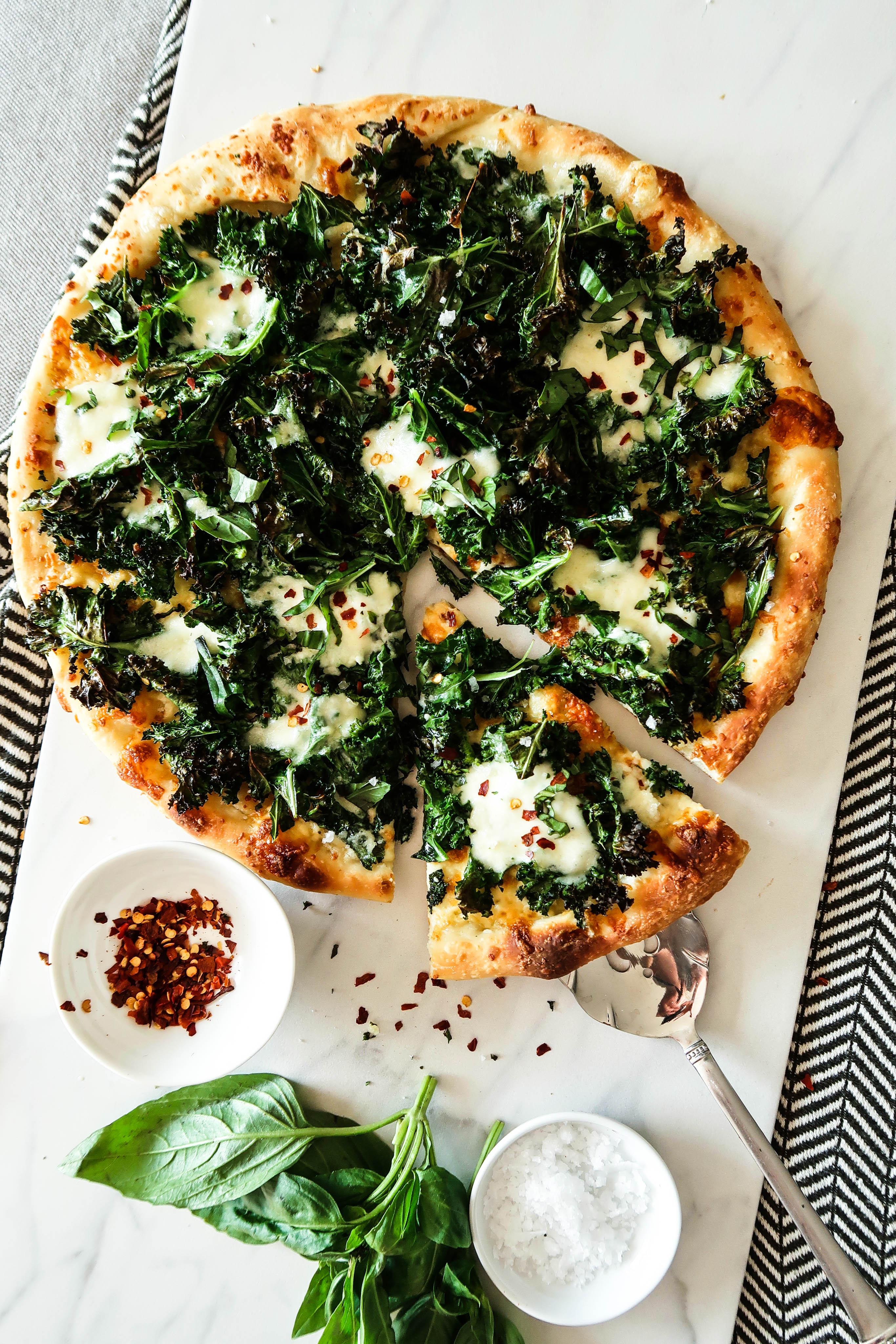 Crispy Kale and Burrata Pizza | Earth & Oven